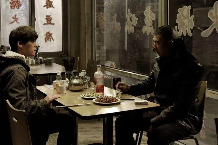 """【广州楼凤验证】_爹味白酒文化,或将终结在""""不懂事""""的年轻一代"""