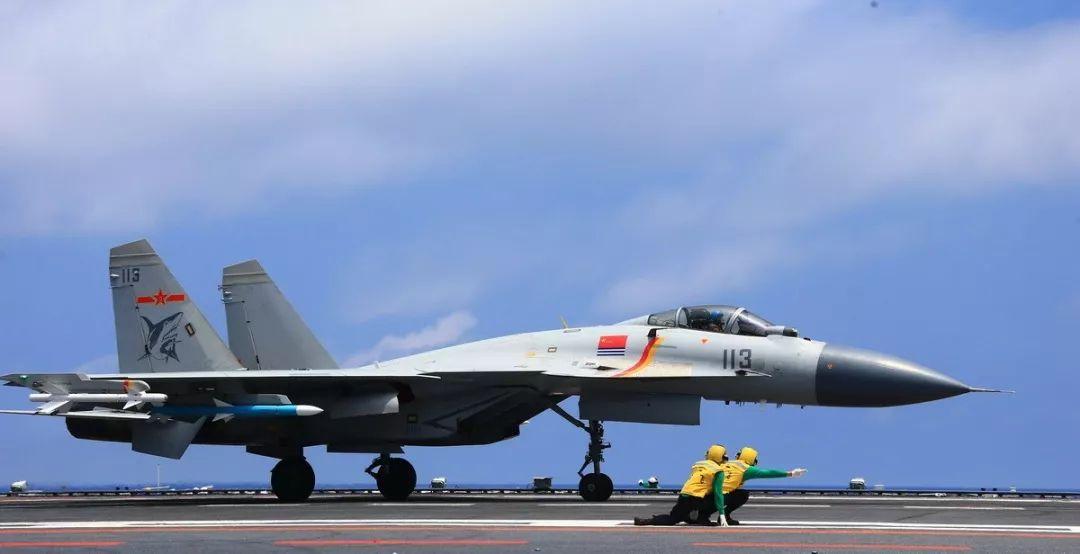 中国歼-15型舰载机,放在世界上处于什么水平?