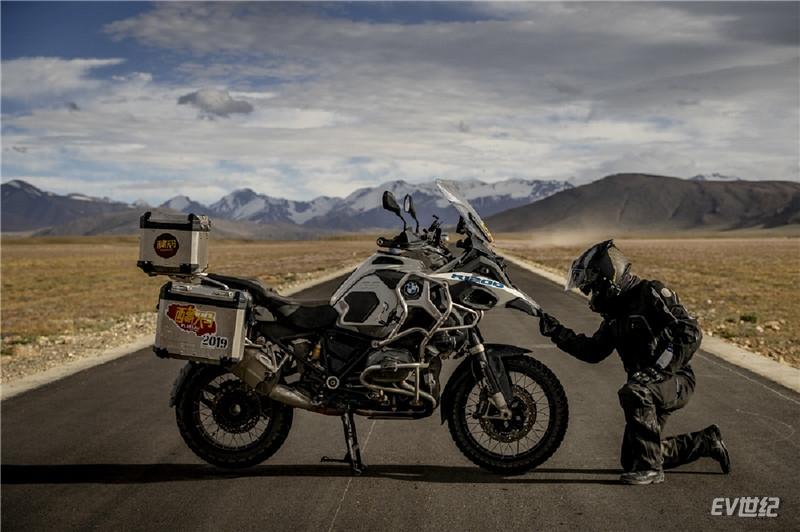07. BMW摩托车传奇之旅藏区骑行_副本.jpg