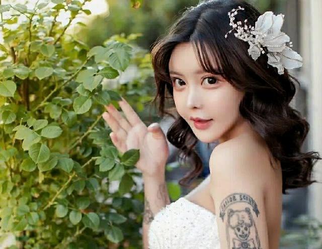 19岁就已整容33次,闪婚闪离的女网红,人生比韩剧还狗血?
