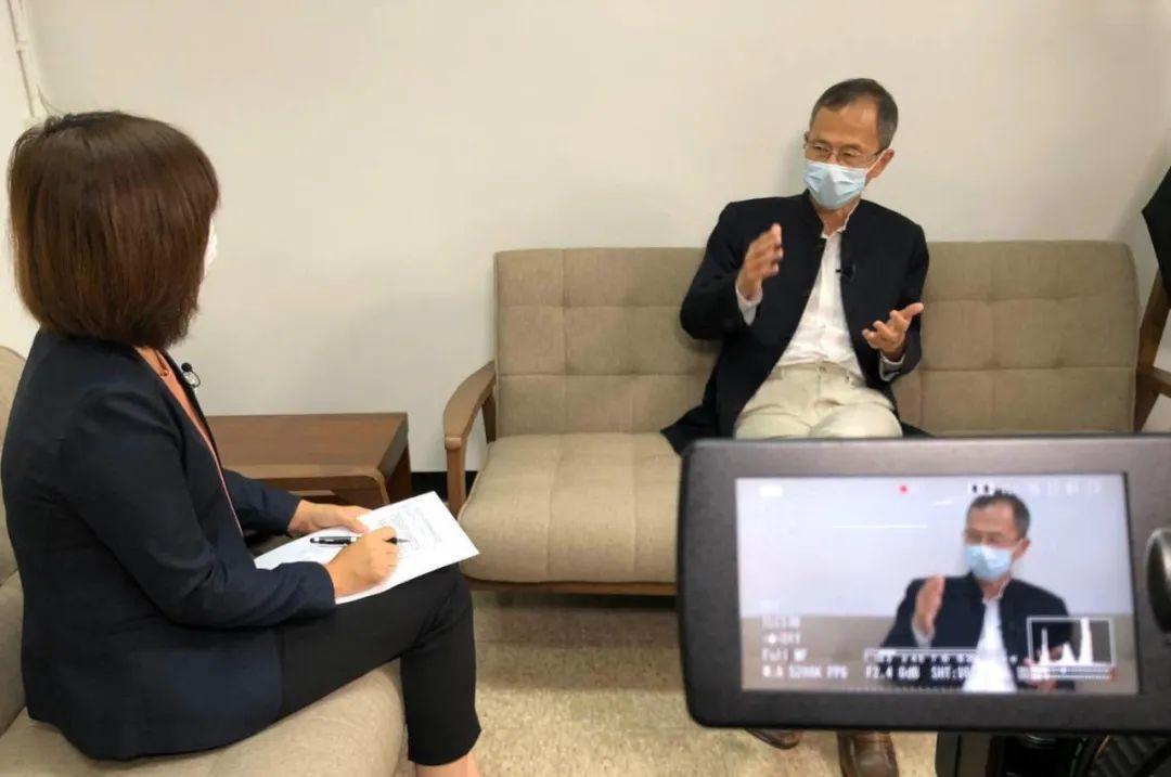【啤儿茶爽广告】_香港立法会前主席曾钰成:你越极端粉丝越多,但不能总是走这条路