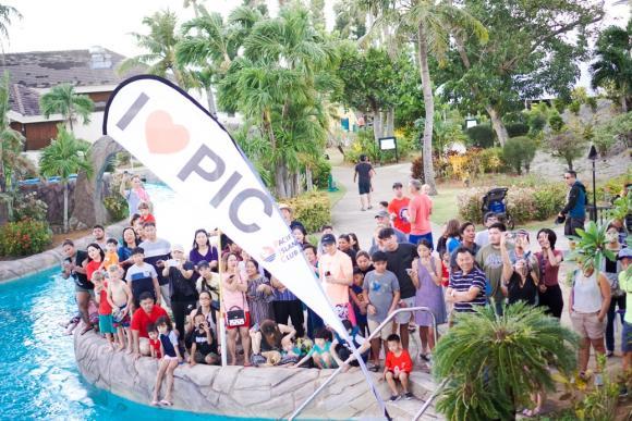 塞班太平洋岛屿俱乐部第12届小黄鸭公益慈善漂流赛圆满举行