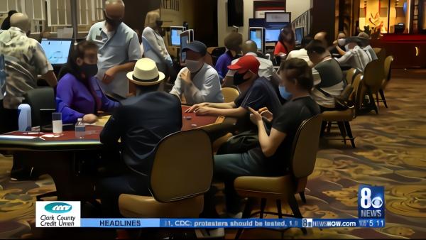 美国拉斯维加斯赌场重开,首日客满