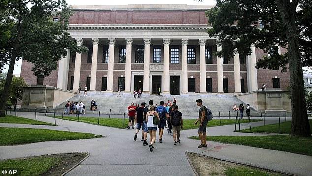 【百度负面消息】_哈佛大学称本硕新学年全部远程教学 5万美金学费不打折