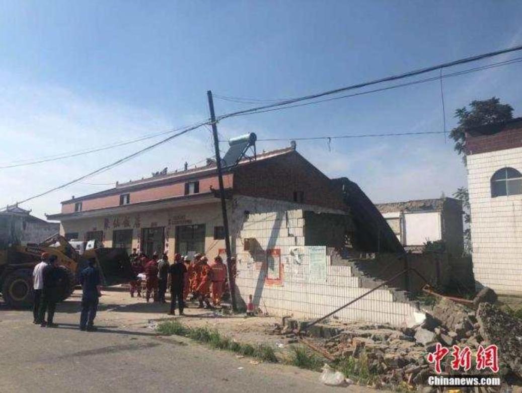【关键字挖掘】_山西襄汾饭店坍塌事故致29死 村民:坍塌部分是以前修的预制板