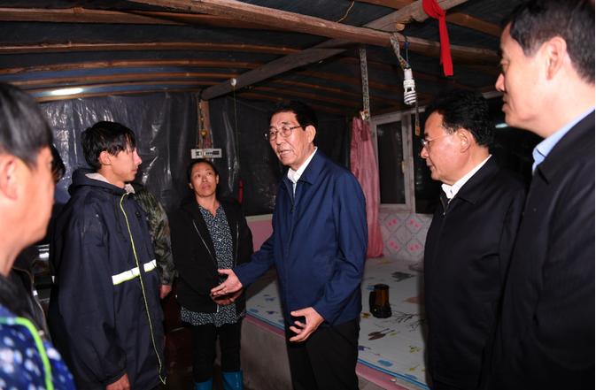 【百度排名培训】_吉林省委书记在京参加完公务活动后,连夜前往一线调度防灾工作