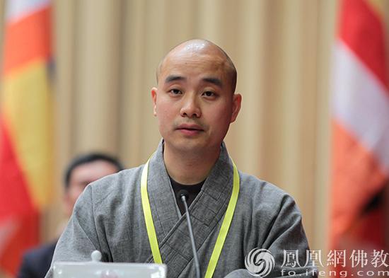 中国佛教协会副会长、成都文殊院方丈宗性法师(图片来源:凤凰网佛教 摄影:林恩)
