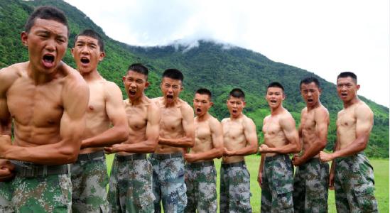 """【亚洲天堂研究】_西藏军区抓格斗训练:""""用力!中午没吃饭?"""""""
