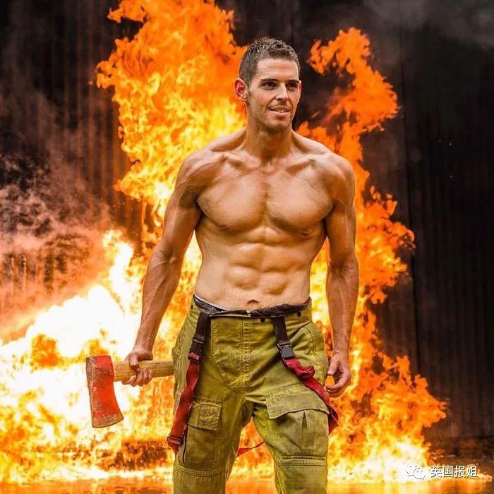 帅翻外网的性感鼓手和火辣消防员,减肥前长这样?