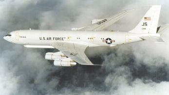 E-8C飞机