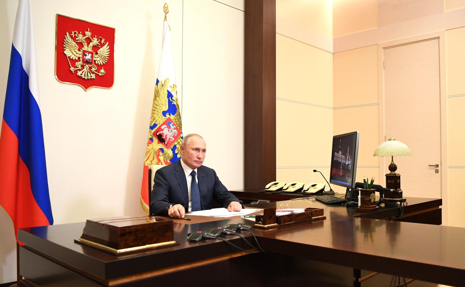 俄亚阿签署联合声明:在纳卡地区停止军事行动