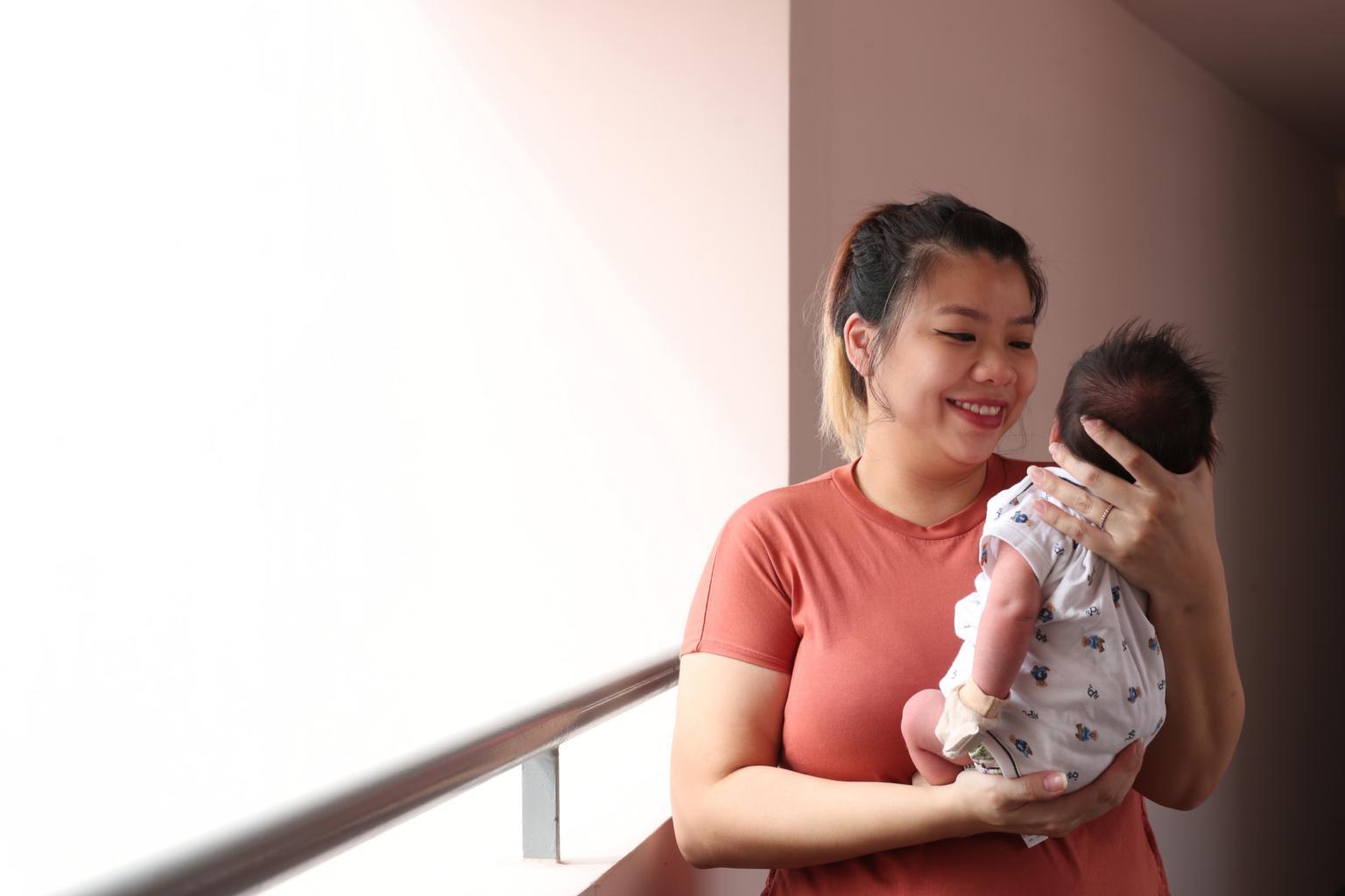 【情趣内衣模特写真】_新加坡一孕妇感染新冠 新生男婴自带抗体