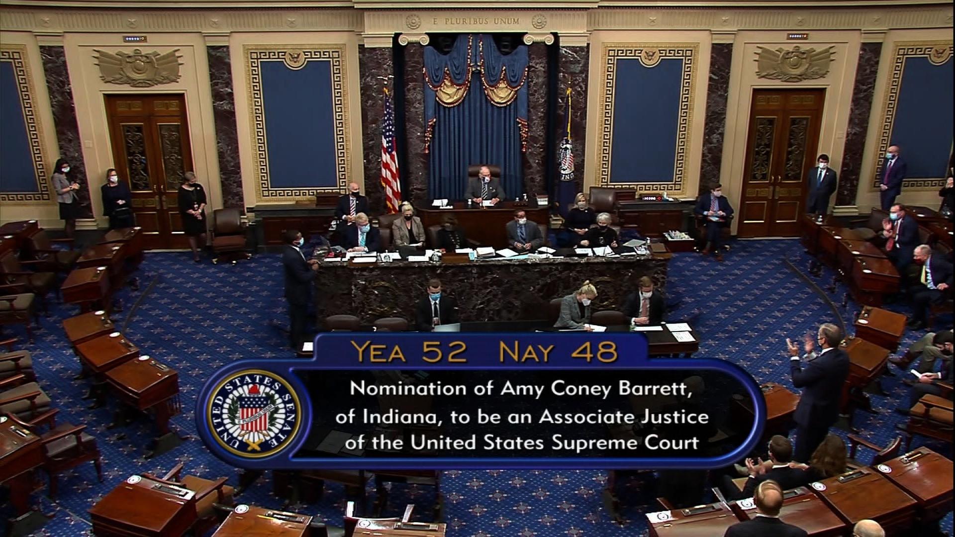 【比特币工厂】_巴雷特宣誓就任美国大法官,即将参与摇摆州邮寄选票纠纷裁决