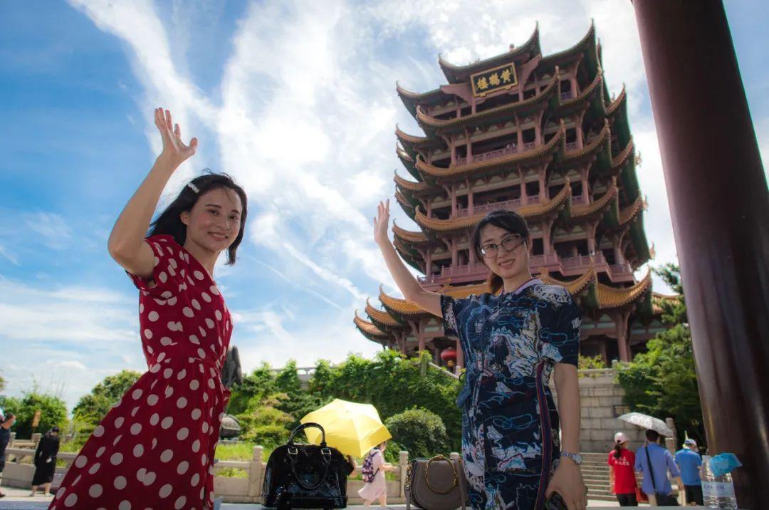 8月7日,复工复产后的黄鹤楼景区。(肖艺九/摄)