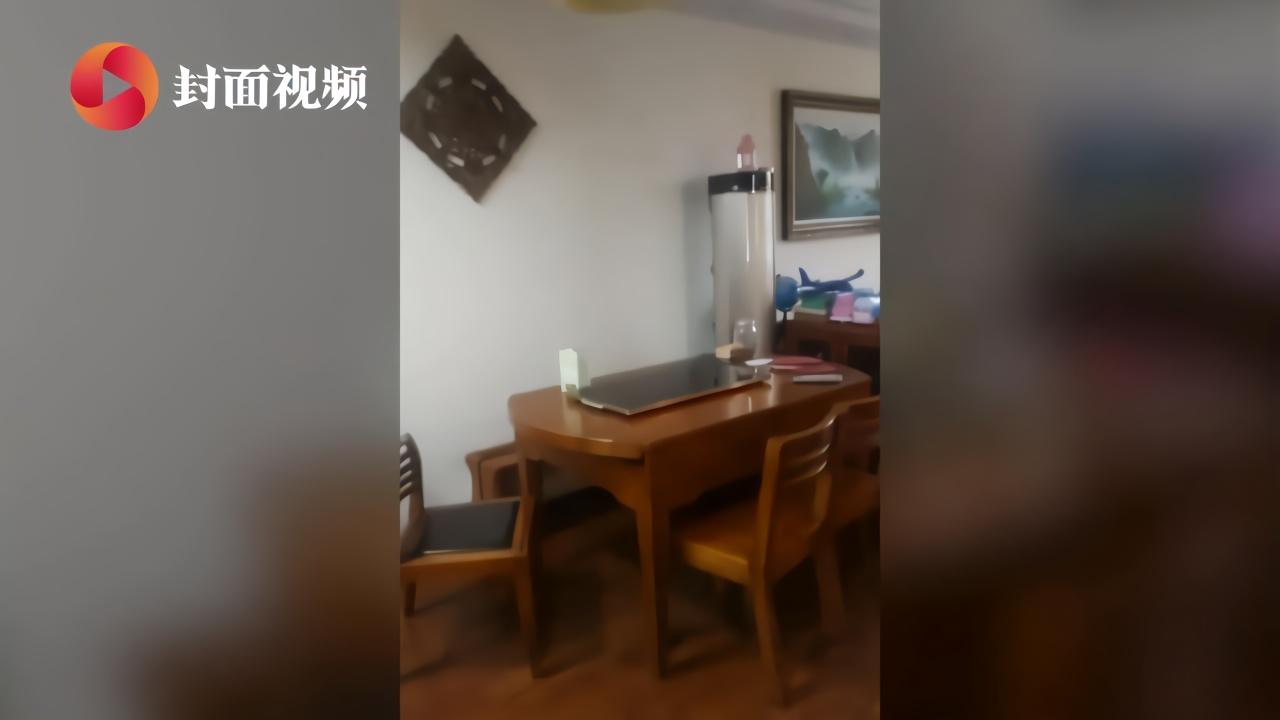 武汉市民的除夕:三菜一汤,饭后看春晚