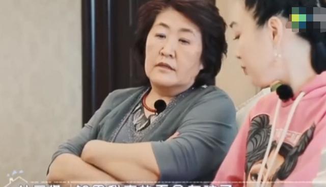 50岁钟丽缇拼孩子,还被嫌年纪大?婆婆:不能生心里不痛快