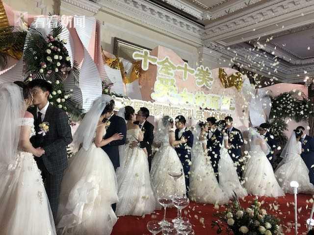 上海仁濟醫院為援鄂醫療隊員舉辦集體婚禮