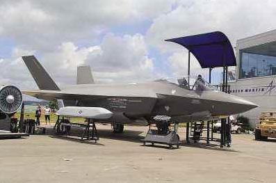 买F-35战机造轻型航母,新加坡要插手中国南海,当美国铁杆炮灰?