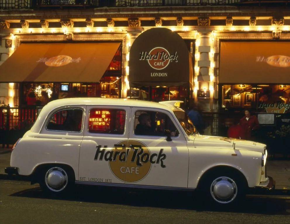 1971年开业的Hard Rock Cafe (图源:Hard Rock 官网)