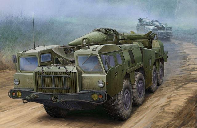 图为苏联飞毛腿弹道导弹