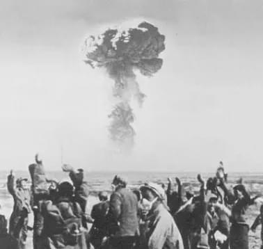 第一颗原子弹爆炸现场