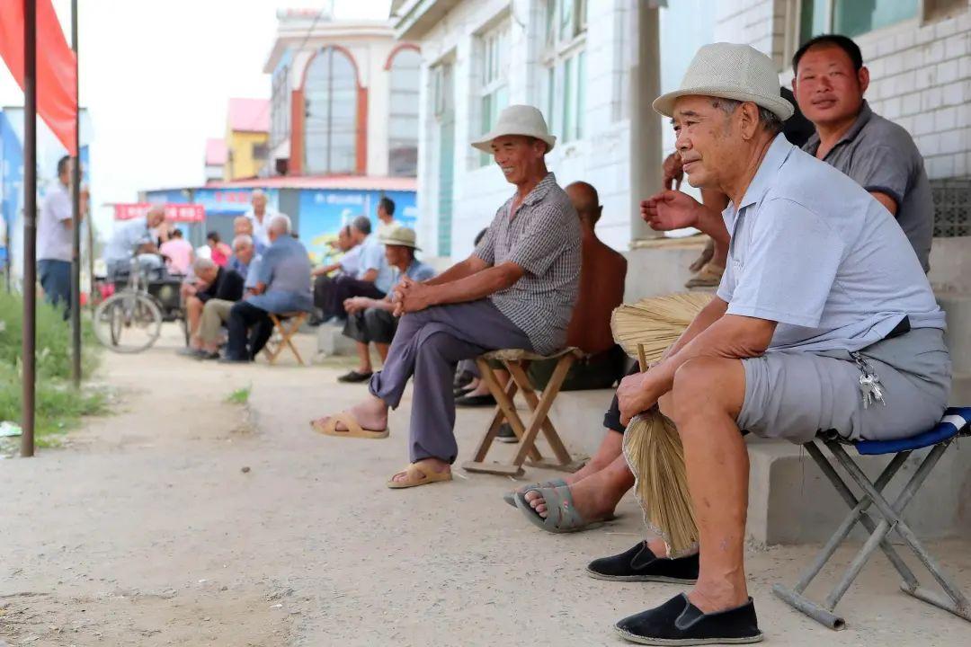 河北留守老人。图片来源:视觉中国
