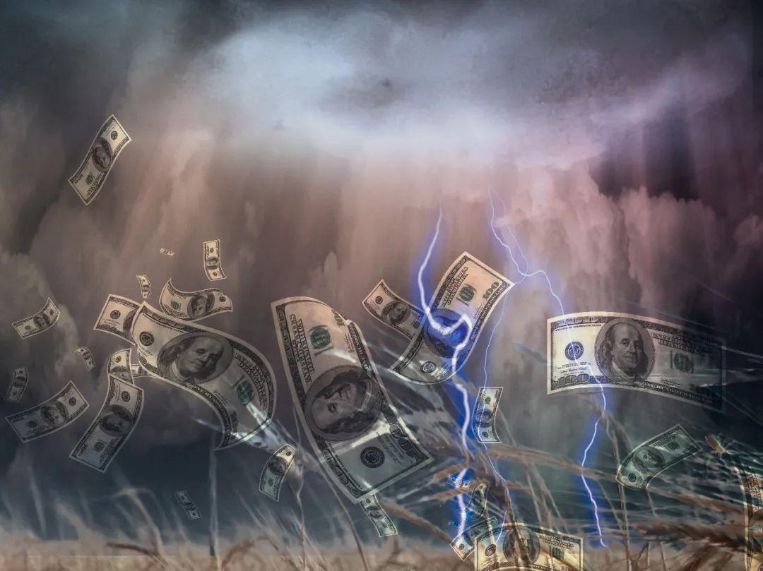一夜之间,黄金崩了!白银崩了!美国加息在即,股债双杀,资本市场无一幸免