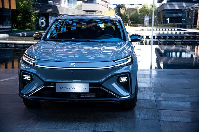 2021第一个重磅炸弹全球首款正式上路的5G车-R汽车MARVEL-R来了-图12