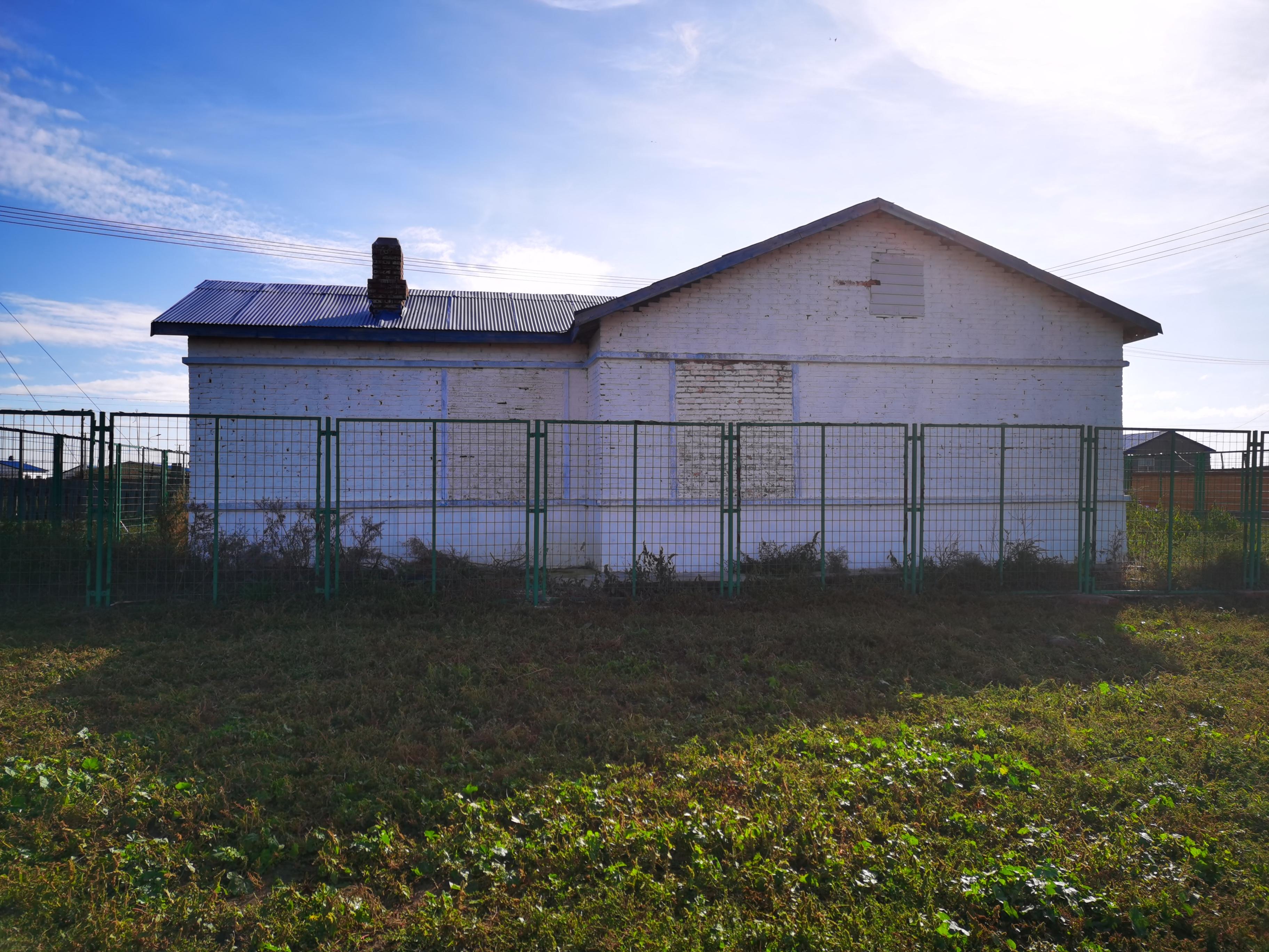 巴图孟和原来的家,这里也是他当年持刀捅杀同伴的现场。 本文图片除注明外,均为澎湃新闻记者朱远祥 图