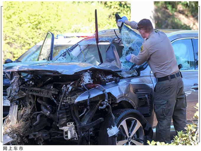 老虎伍兹遭遇严重车祸 靠这款豪华SUV捡回一命-图2