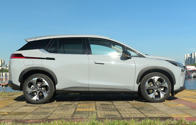 广汽埃安V将推新车型 8分钟充电80 最快9月投产-图2