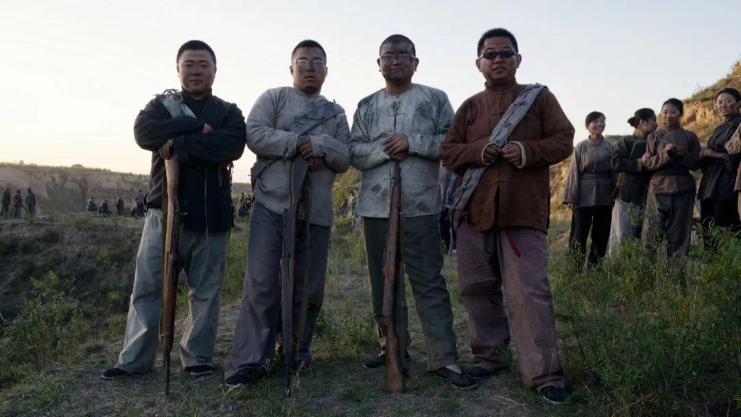 2015年 山西太谷 四名扮演游击队员的群演
