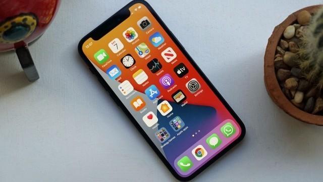 跌破4000元 iPhone 12现在值得出手?