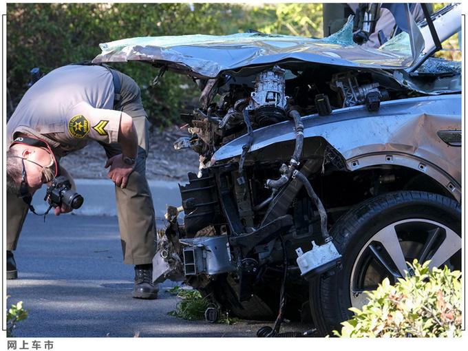 老虎伍兹遭遇严重车祸 靠这款豪华SUV捡回一命-图3