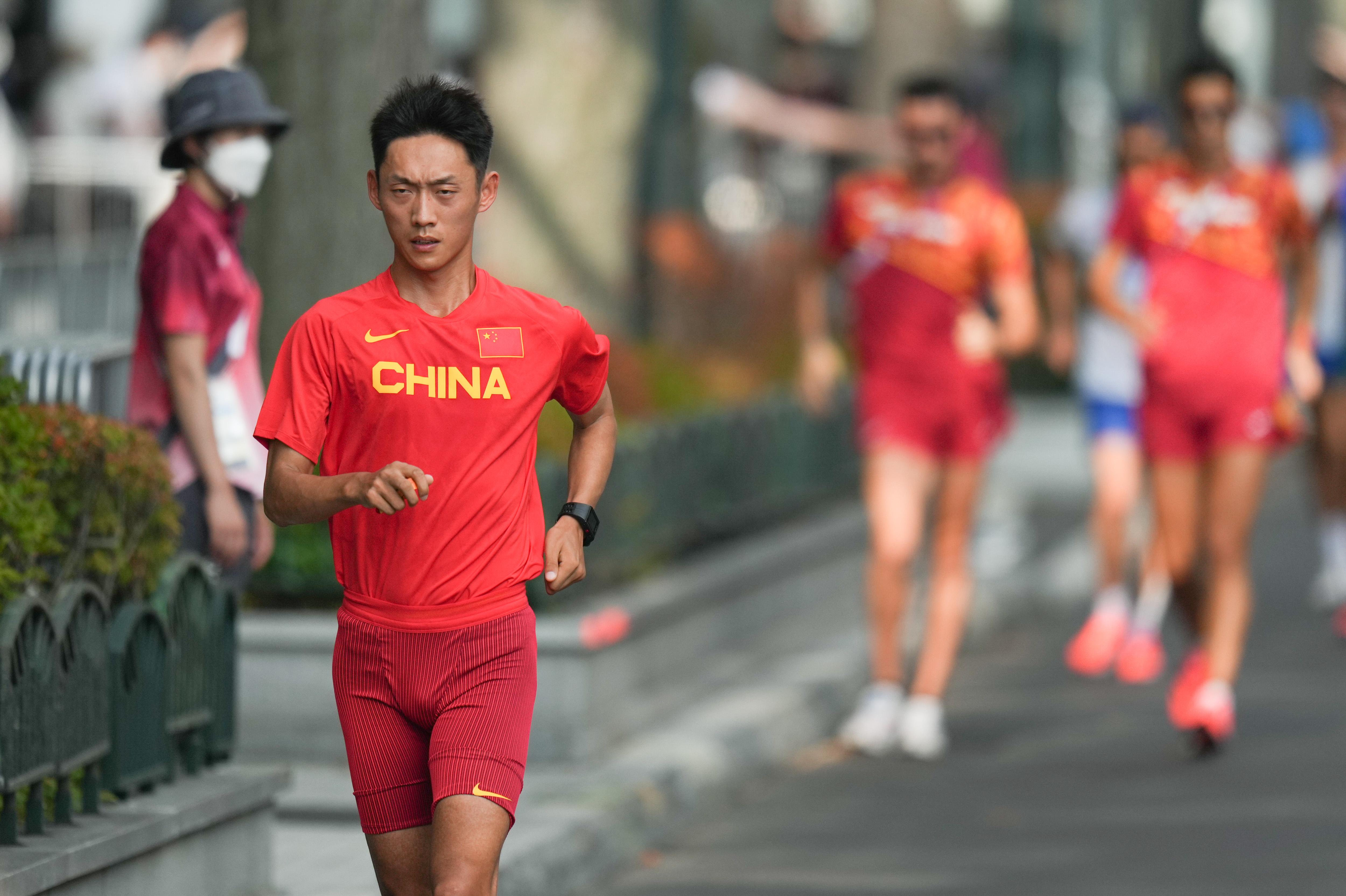 王凯华在训练中。
