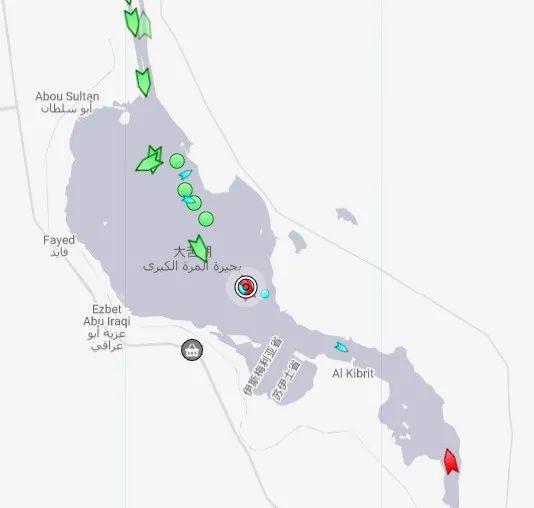 图中圆圈为事发油轮的位置。(截图自MarineTraffic网站)