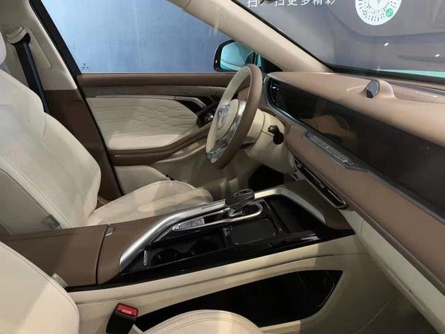 2021上海车展探馆:岚图FREE中大型纯电SUV