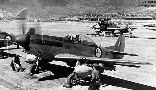 上图_ 朝鲜战争中南非空军