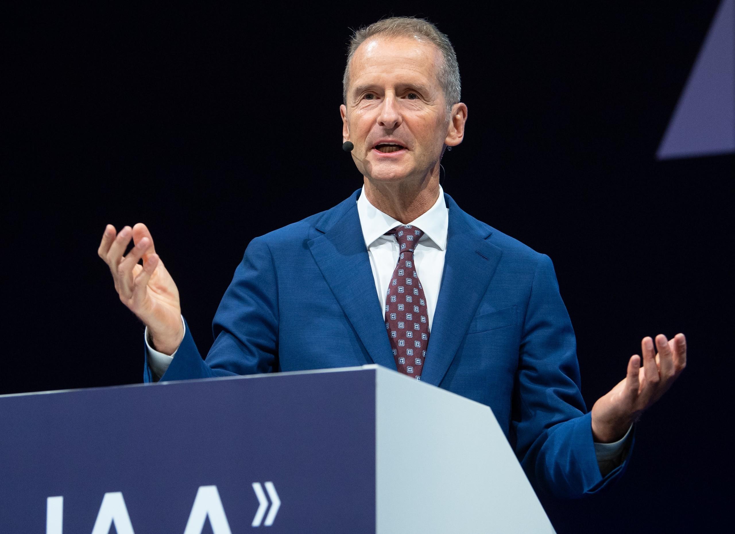 大眾集團CEO迪斯:自動駕駛是未來 特斯拉仍是最