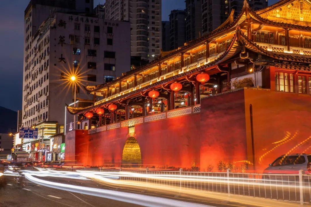 ▲夜晚的莆田古谯楼 图/Fanglongzong