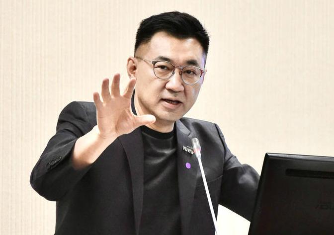 万博体育app:江启臣:民进党当局执政5年 台湾缺水缺电缺疫苗