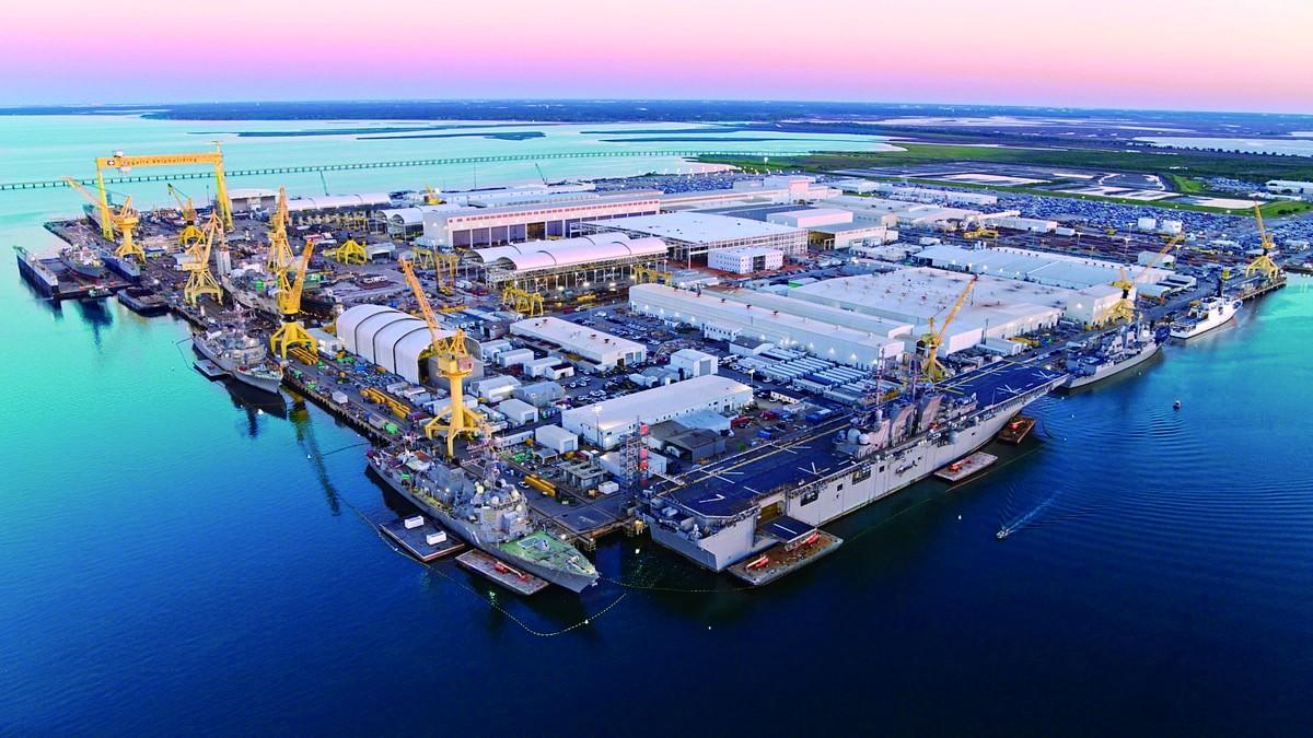 英格尔斯造船厂一处造船基地的航拍图。