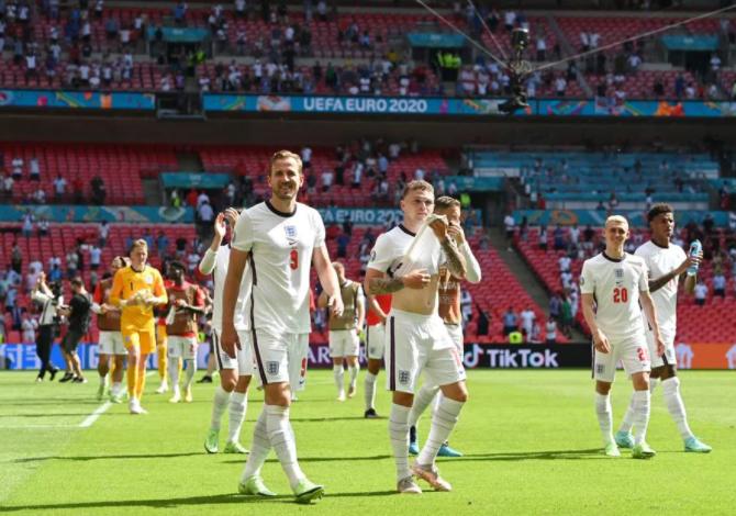 7连胜+轰进16球!欧洲杯打响英伦内战,三狮赢球出线
