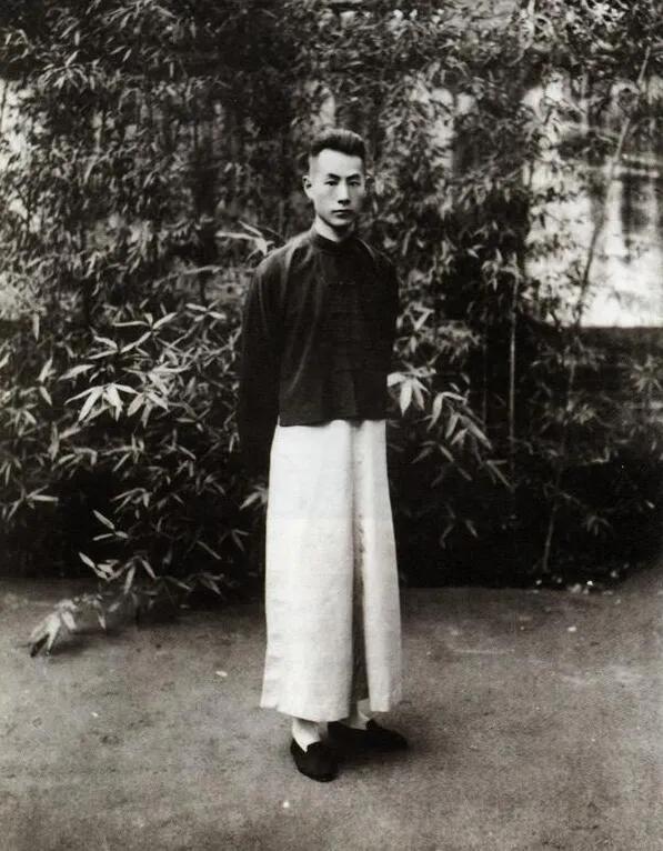 上图_ 张伯驹(1898年3月14日—1982年2月26日),原名张家骐