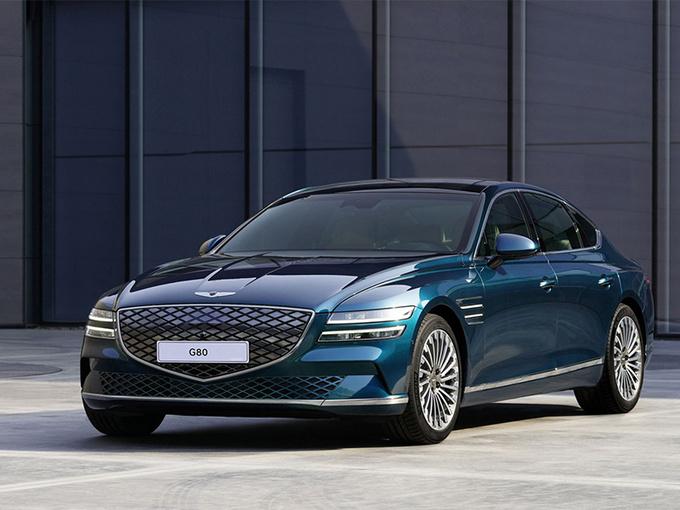 捷尼赛思G80新车型发布 封闭格栅/车顶配太阳能板-图1