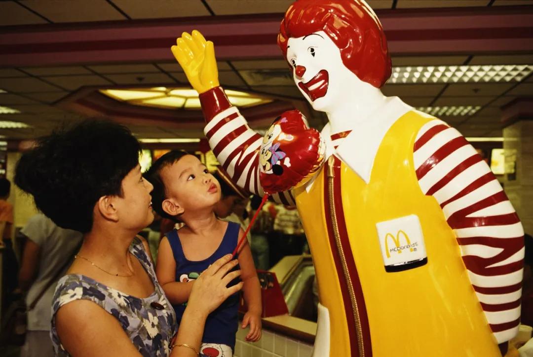 为什么肯德基爷爷和麦当劳叔叔消失了?