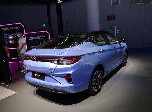 """人工智能刷新""""中国制造""""智能汽车融入国民生活"""