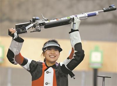 易思玲伦敦奥运会夺金,谁能成为她的接班人。@人民视觉