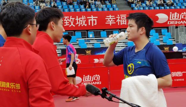 乒超联赛上演精彩对决,樊振东率领的汕头明润3-2击败黄石基地