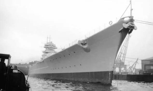 上图_ 二战时期德国俾斯麦号战列舰
